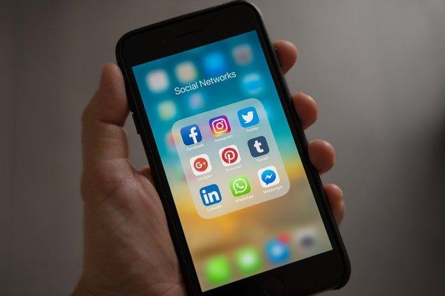 wave on facebook mobile